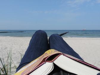{#Urlaub mit Buch 2}